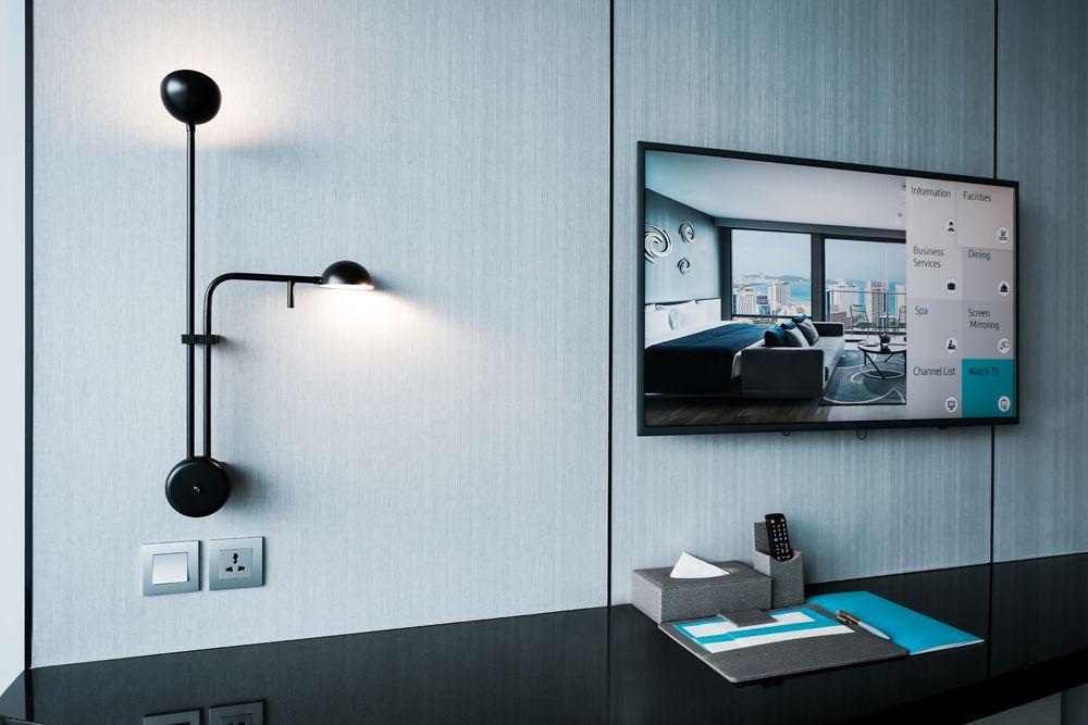 bedroom design mistakes-plug points