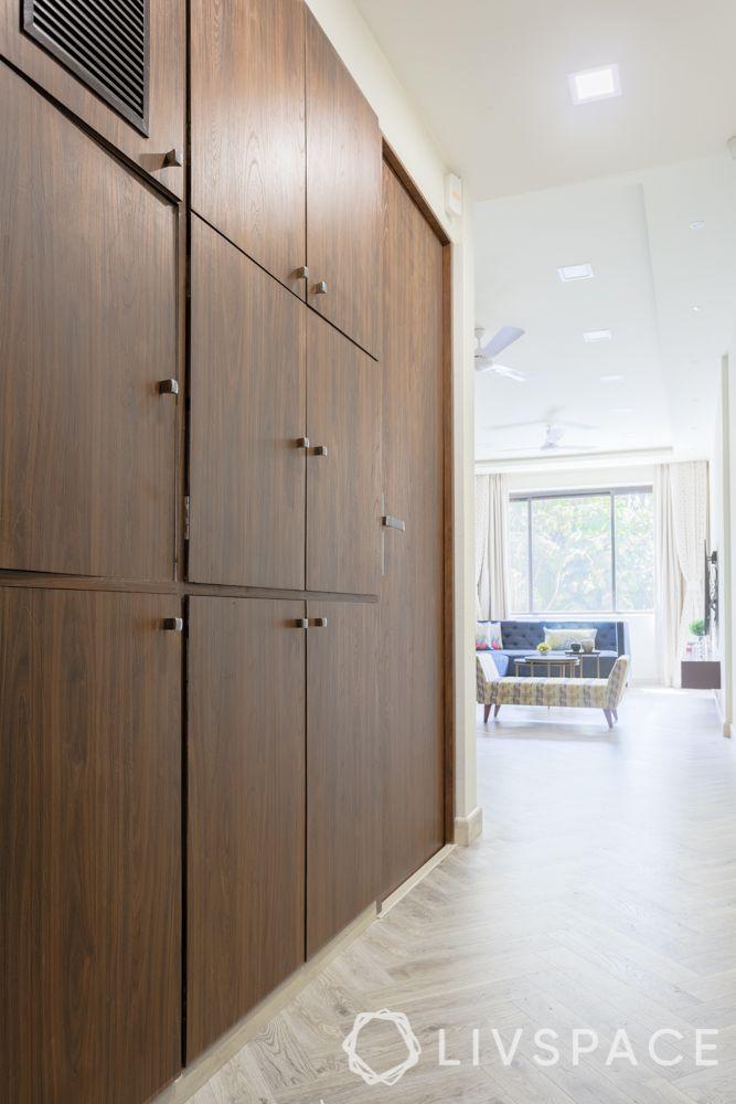 livspacehomes-mumbai interiors-foyer-storage