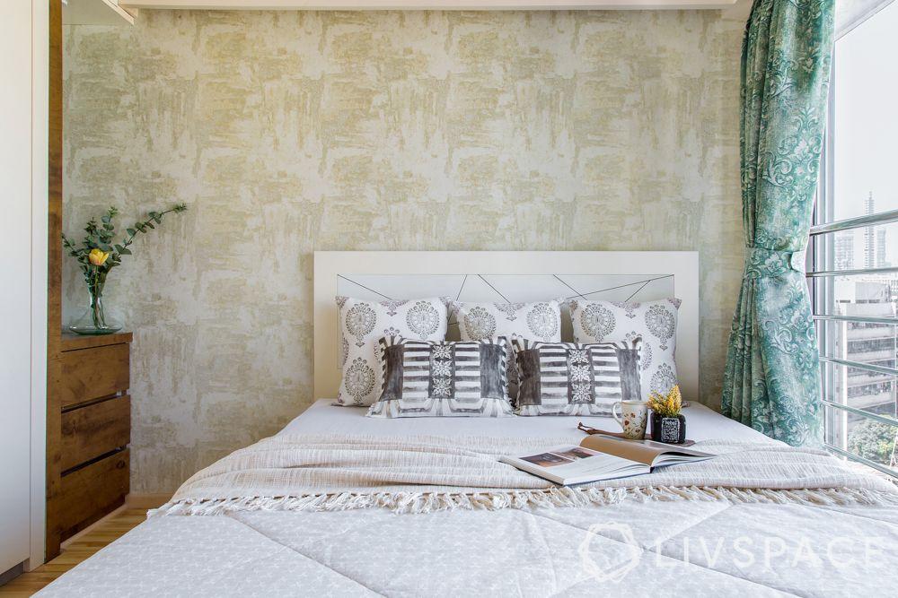 bedroom designing-bed-wallpaper