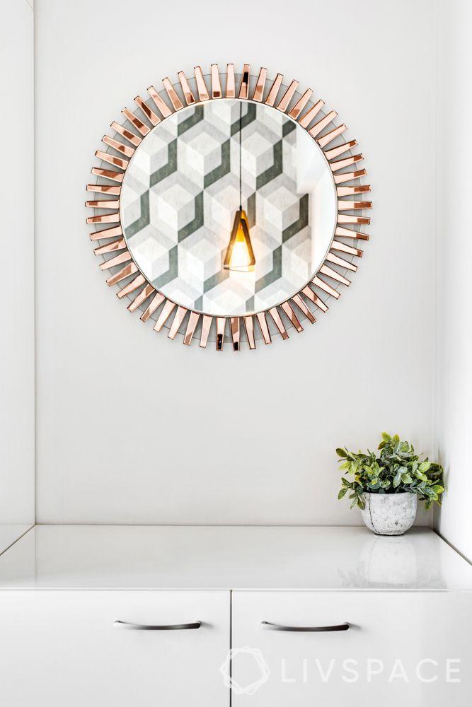 bedroom designing-wall mirror