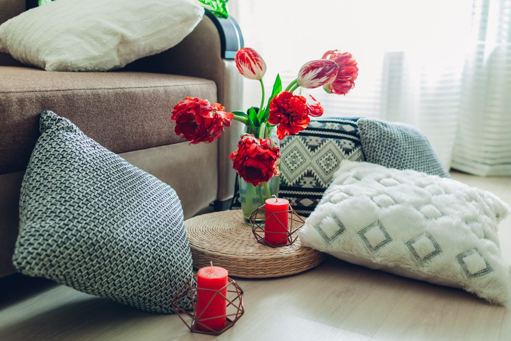 bedroom interior design-cushions-candle-flowers