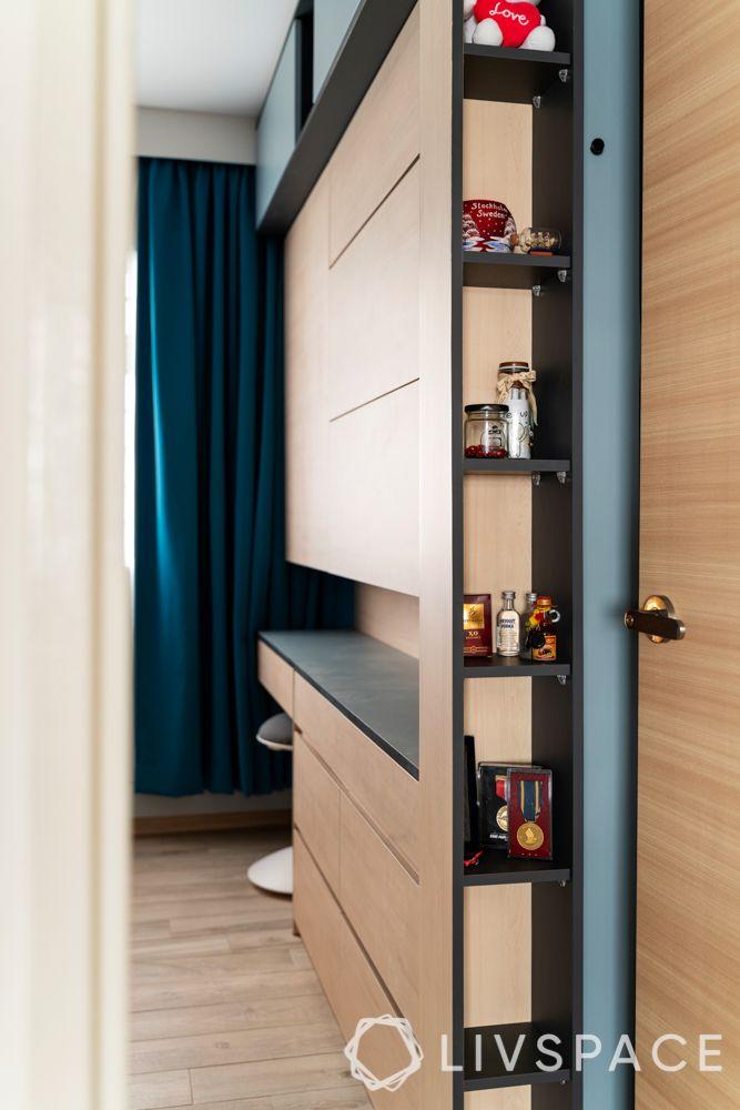 bedroom designing-sleek storage-vertical storage