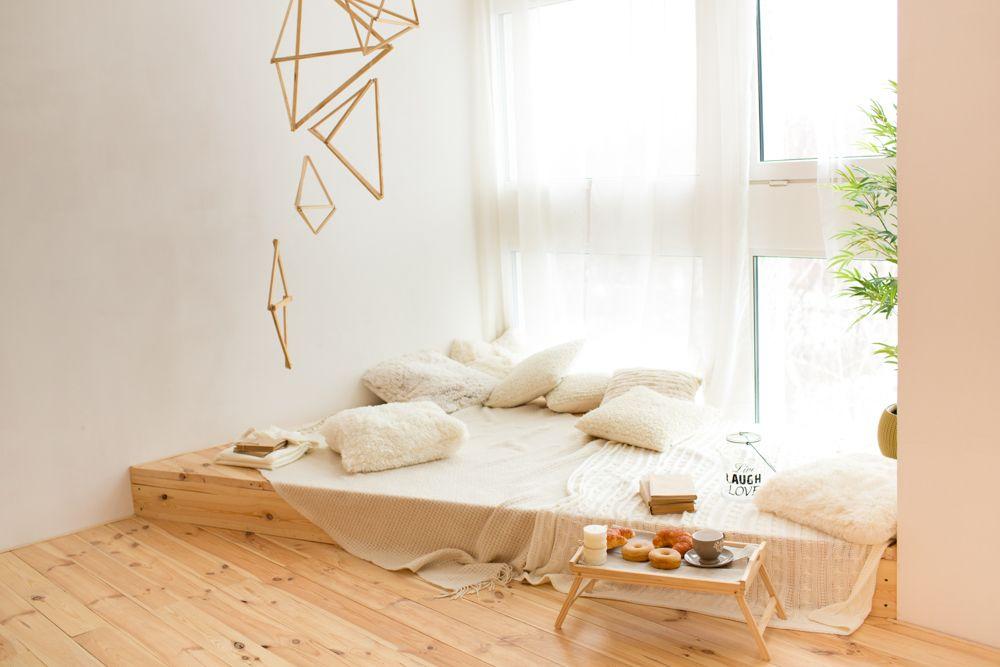 bedroom interior design-floor seating-cushions
