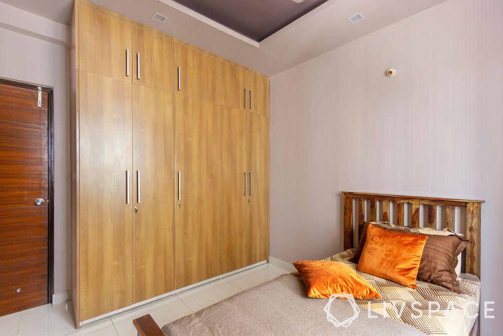 almirah design-wooden laminate closet