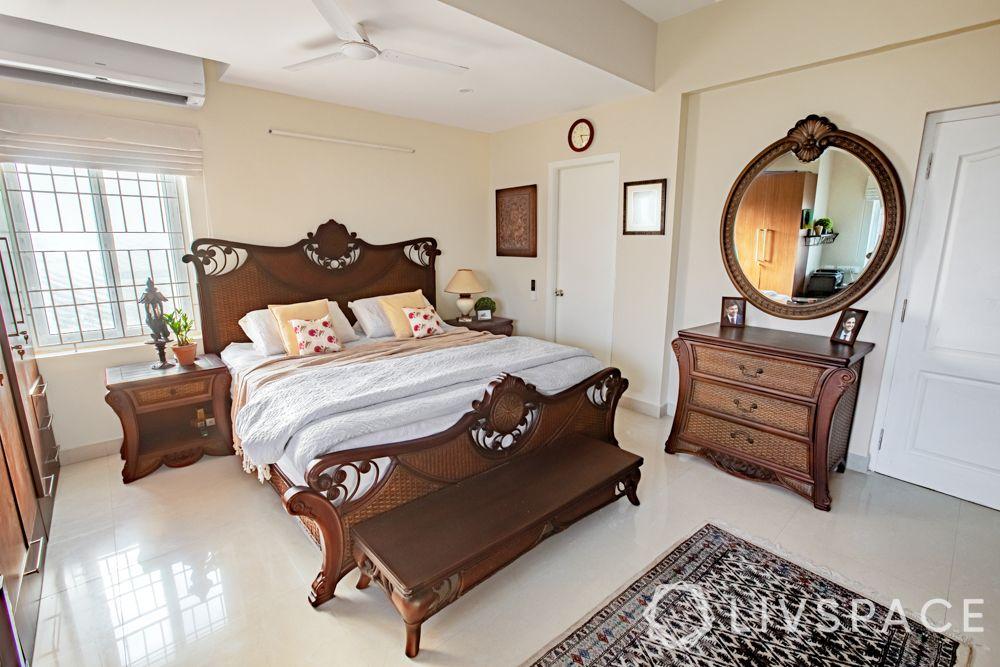 bedroom vastu-mirror designs
