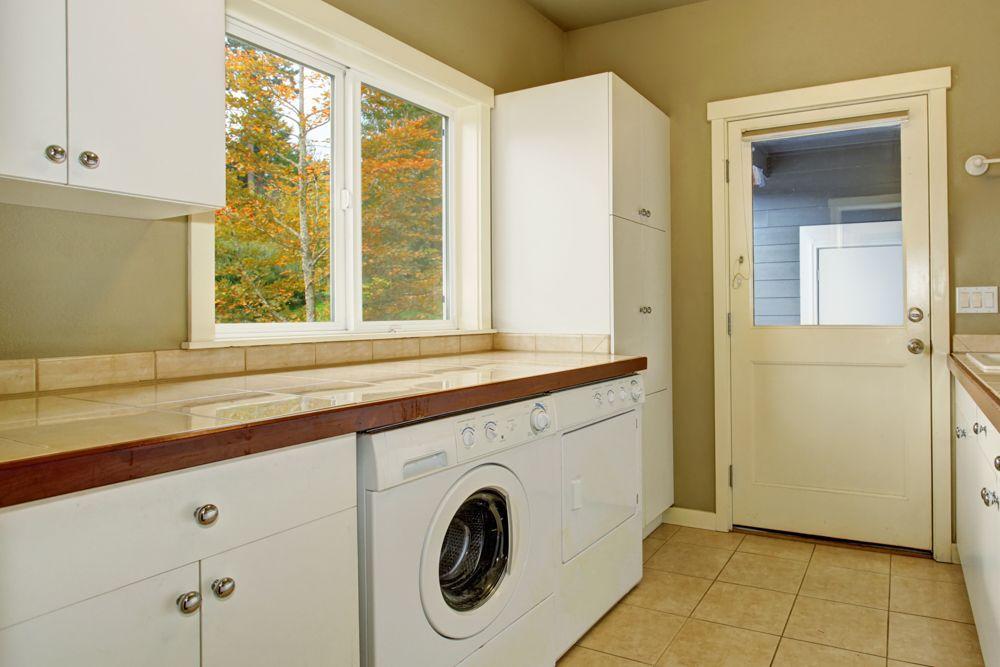 washing room space-flooring options