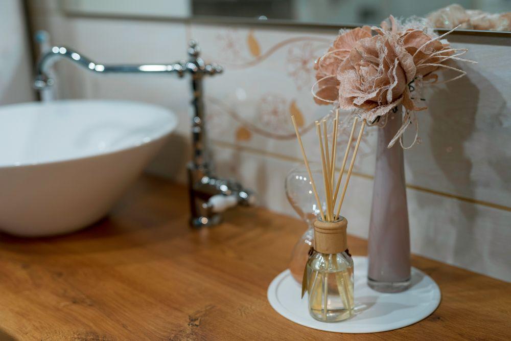 bathroom fragrances-reed diffusers