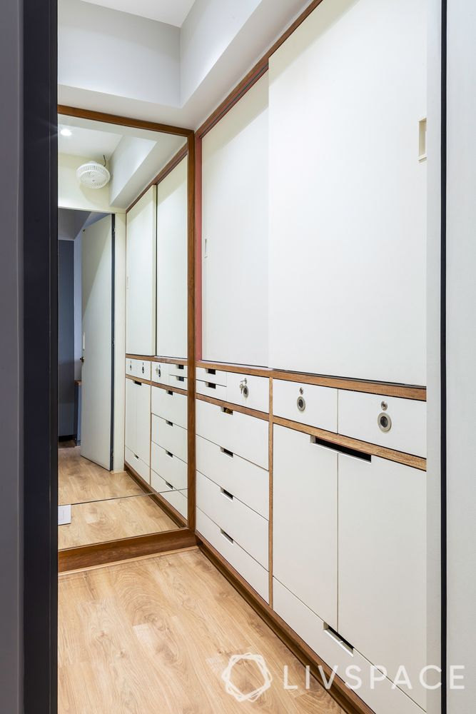 walk-in wardrobe-his and her wardrobe