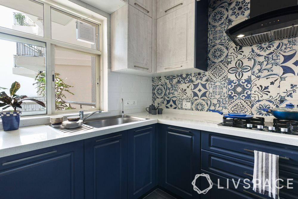 kitchens-sink-drainboard