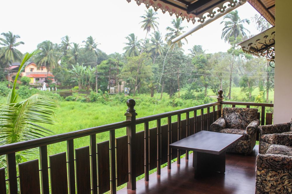 goa villa-balcao-verandah designs