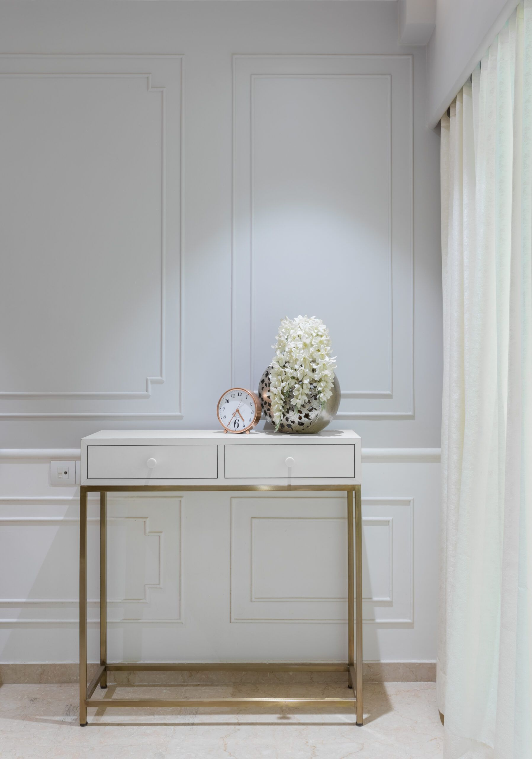 console table designs-white table