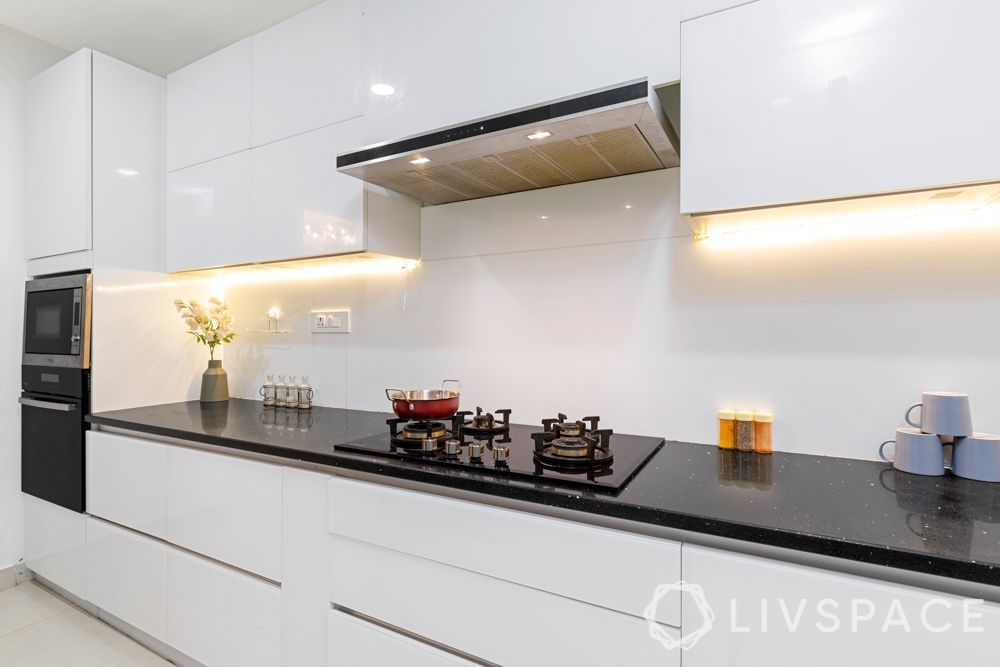 white kitchen-glass kitchen