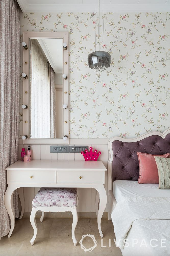 interior wall design bedroom-accent wall-floral wall-French design