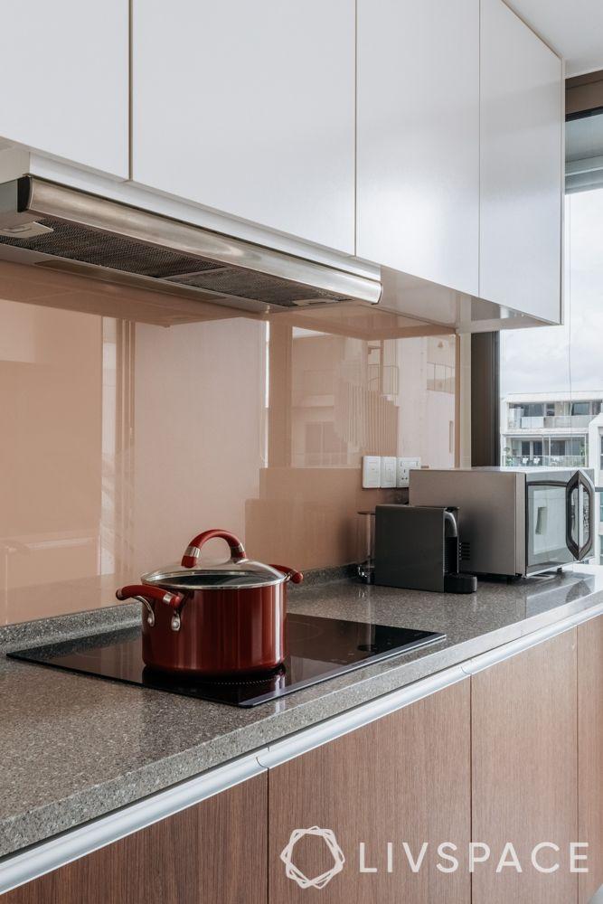 clean kitchen-kitchen chimney