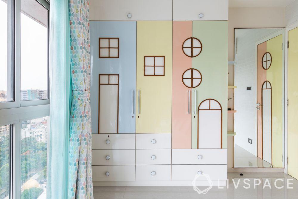 little girl bedroom ideas-wardrobe