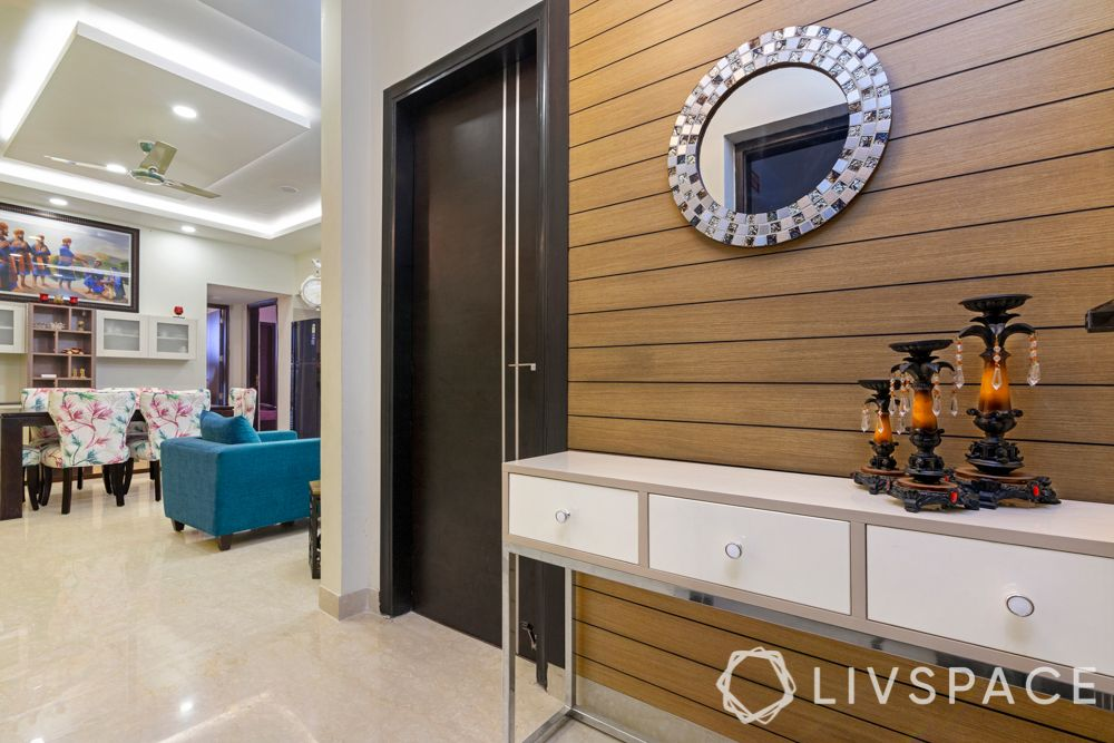 budget home-foyer-wood like laminate strips-wall panels
