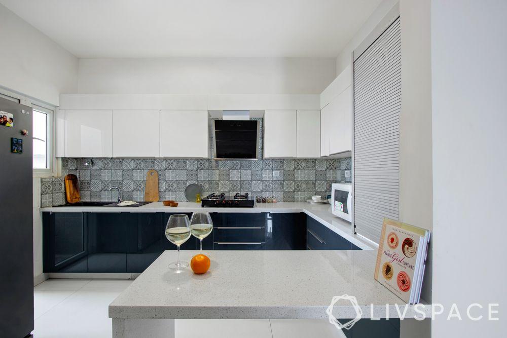 modular-kitchen-design-l-shape-medium-kitchen-blue-white-breakfast-counter