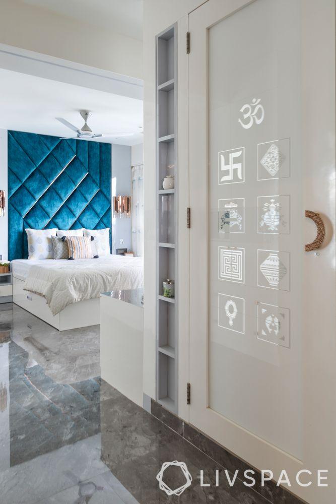 door-designs-etched-glass-pooja-room-door