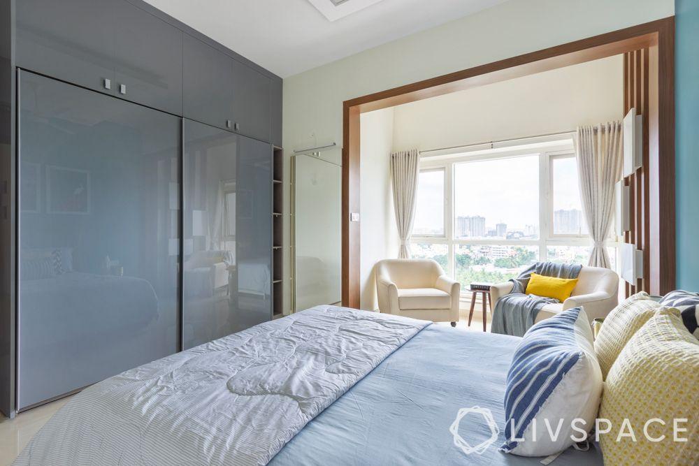 grey wardrobe-sliding flooring