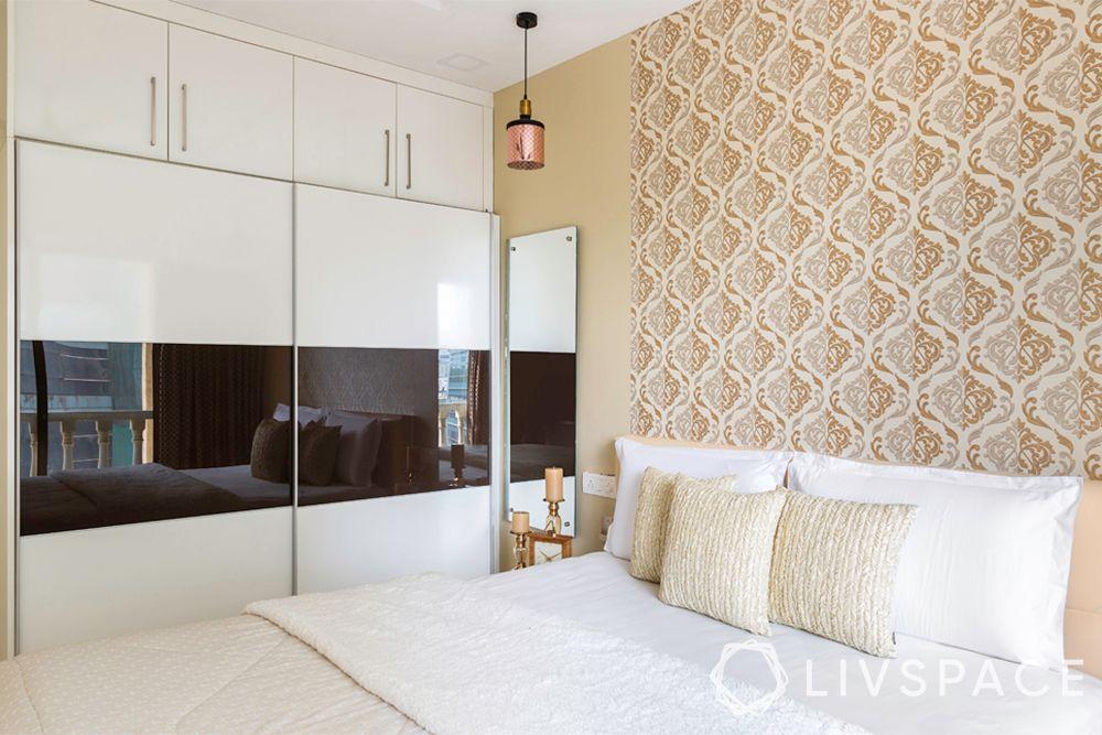 bedroom makeover-beige bedroom-wallpaper-glossy wardrobe