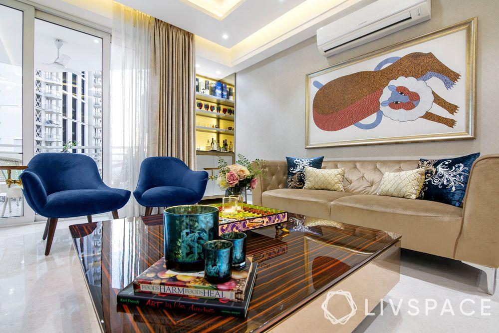 modern living room designs-artwork on walls-seating