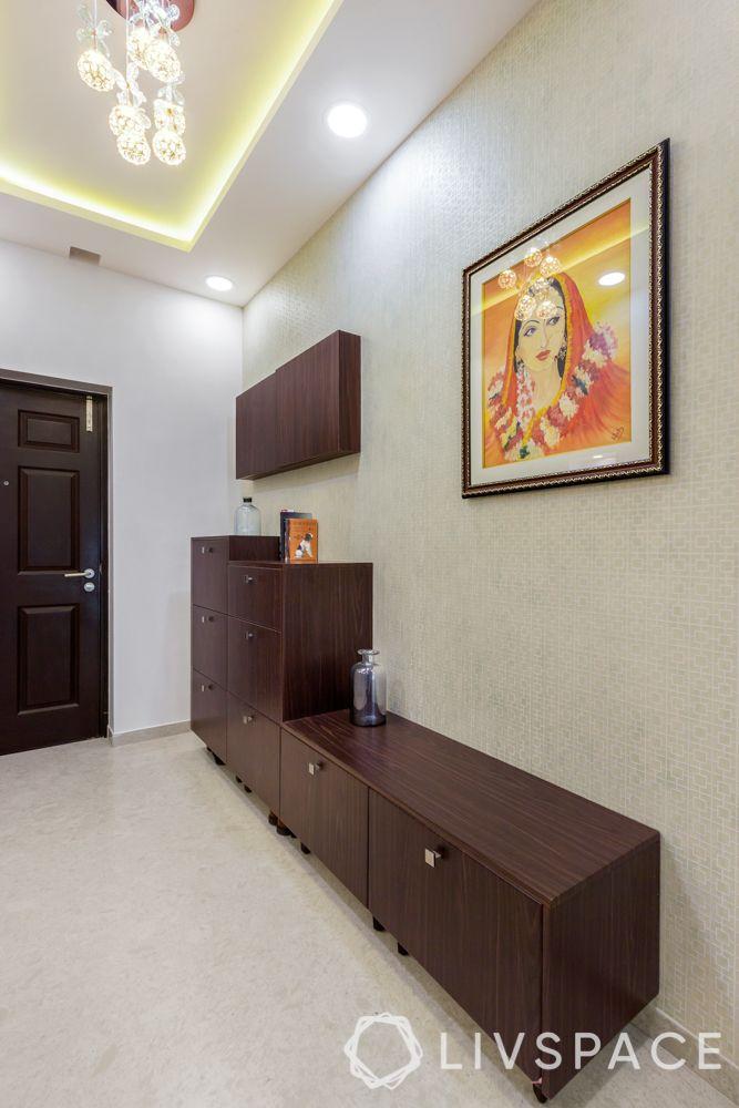 foyer decor-cabinets