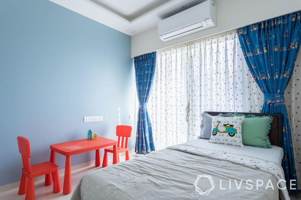 bedroom-colour-light blue-red-furniture