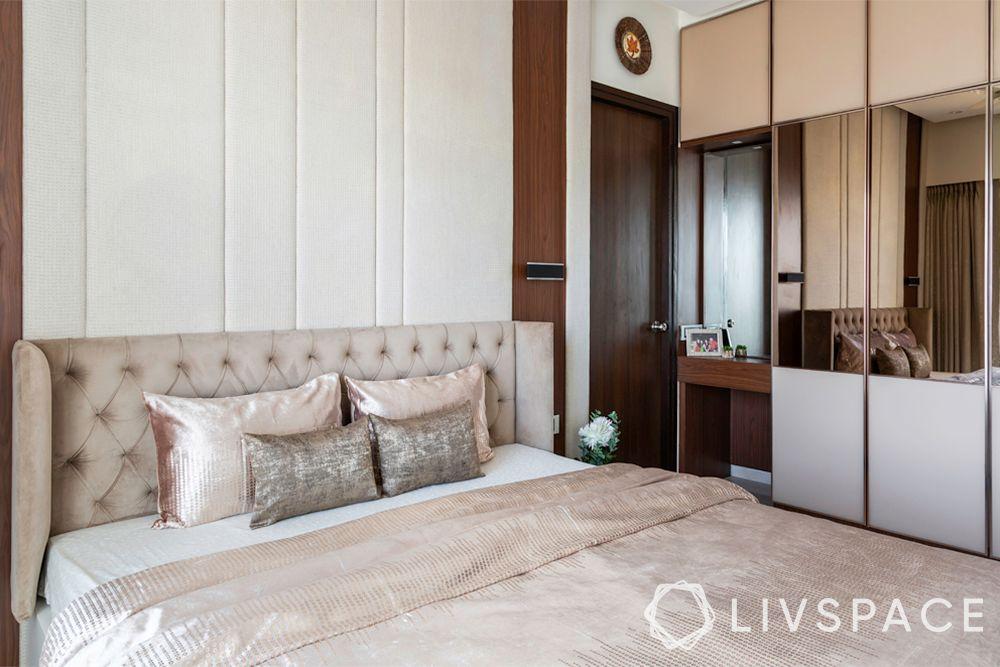 bedroom design ideas-minimal glam bedroom-mirror on wardrobe