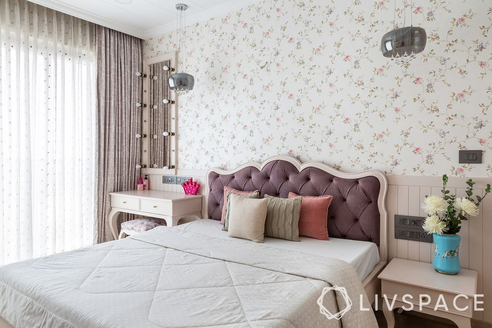 bedroom ideas-french bedroom-floral wallpaper