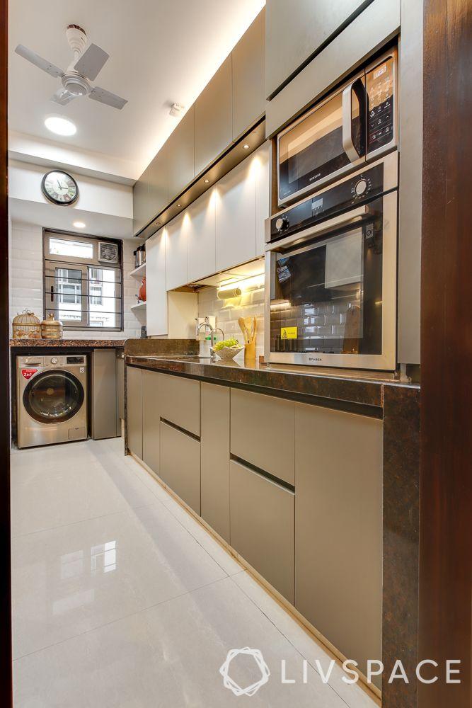 hometour-apartment-in-mumbai-kitchen-beige-white-kitchen