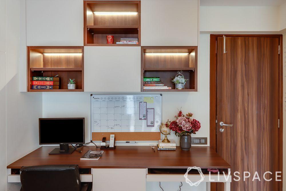 hometour-apartment-in-mumbai-study-guest-bedroom-wooden-desk-shelving-unit-writable-paint