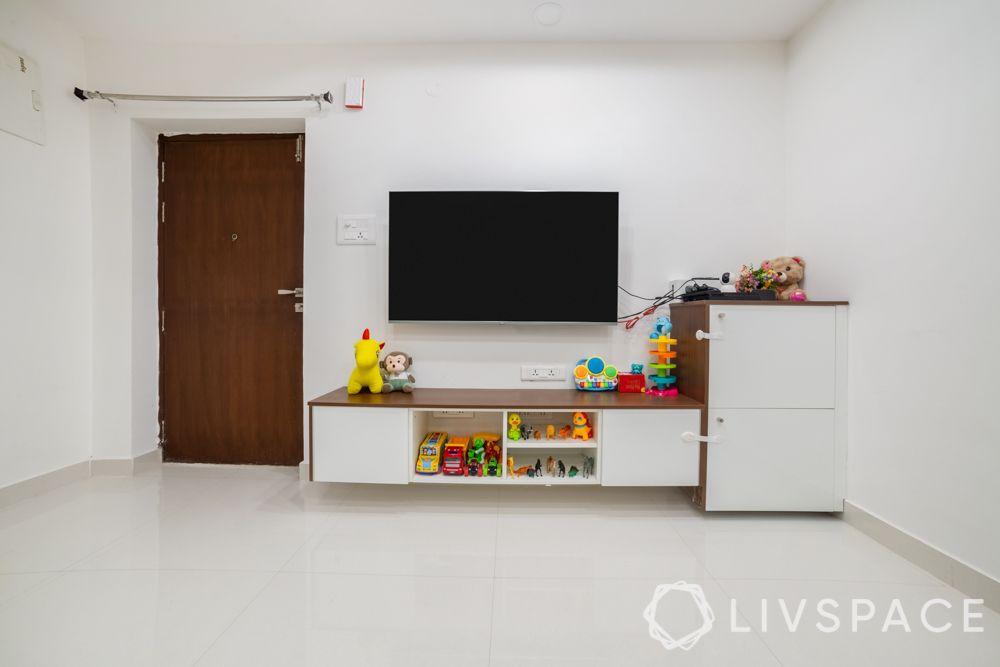 interior-design-for-3 bhk-TV-unit-open-storage-closed-storage-laminate