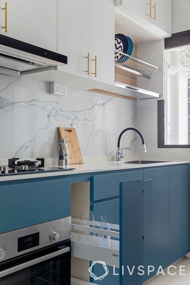 hdb-bto-design-teal-kitchen-cabinets-ceramic-tiles-backsplash