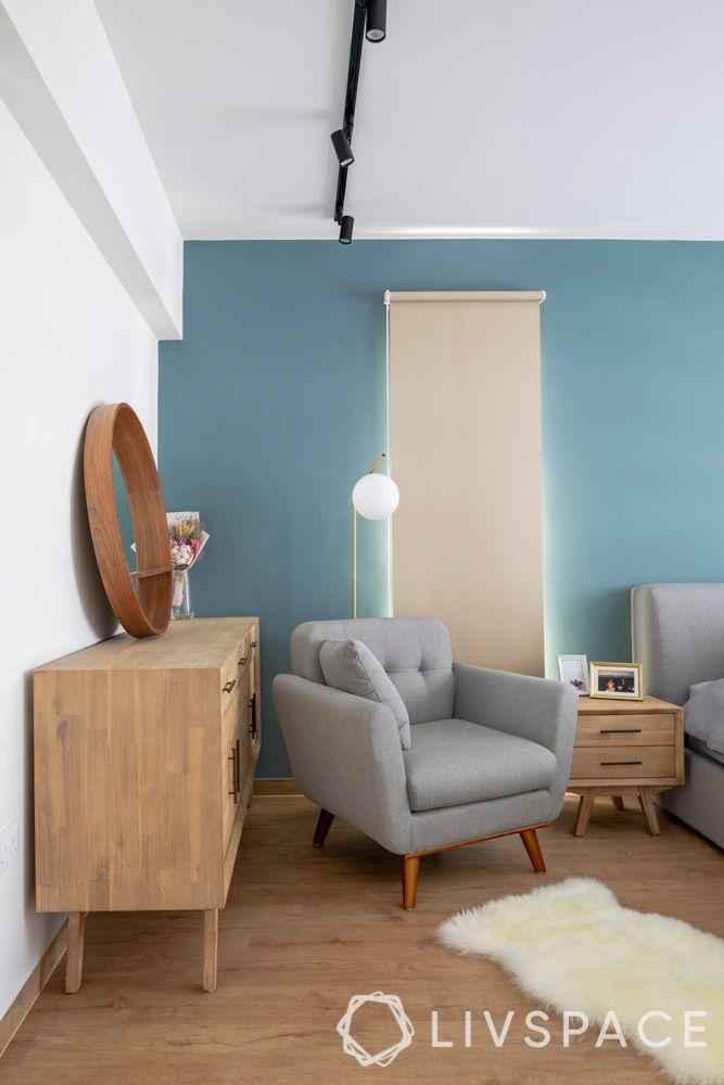 hdb-bto-design-master-bedroom-wooden-flooring-accent-chair