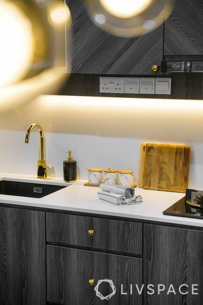 small HDB design-gold handles-gold faucet