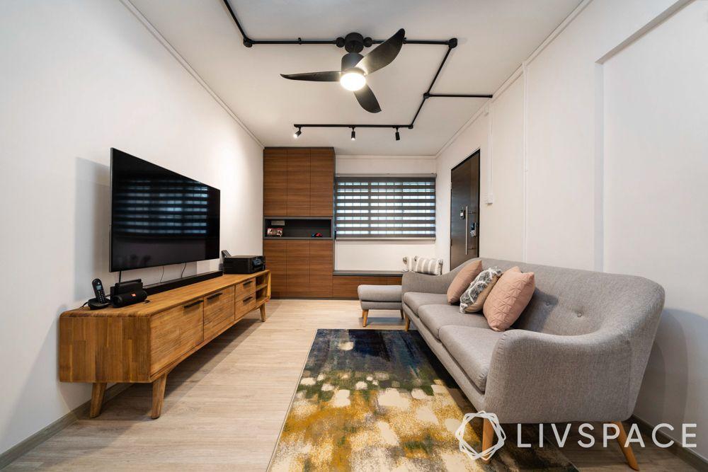 3-room-flat-long-sofa-space-optimised-furniture