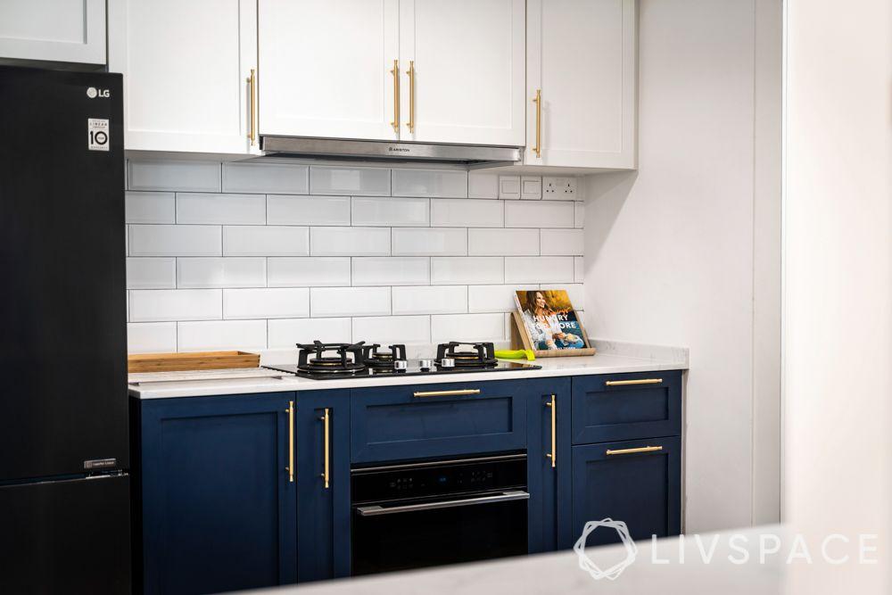 5-room-flat-design-kitchen-hob-unit-metal-handles