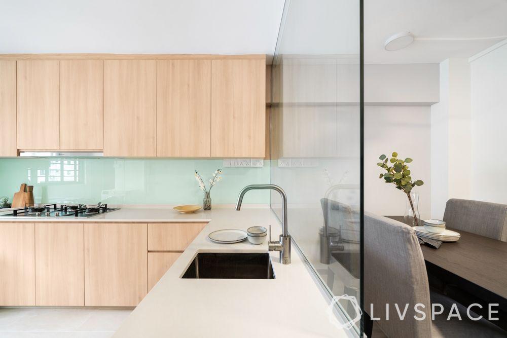 4-room-resale-renovation-kitchen-sink-glass-panel