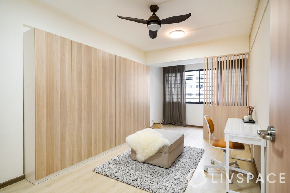 4-room-resale-renovation-bedroom-wardrobe-balcony