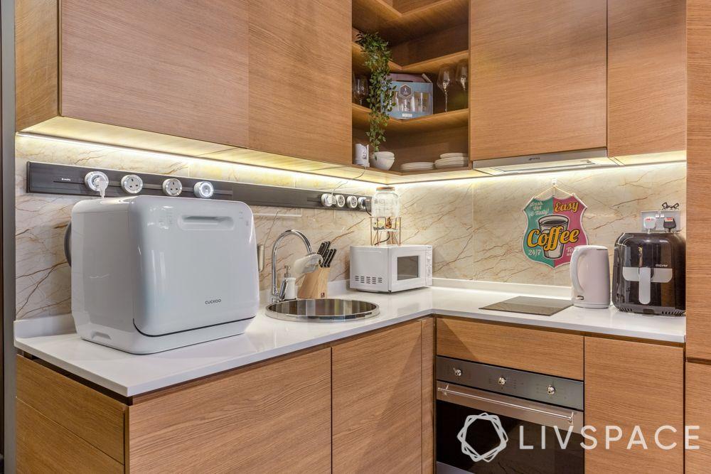 modular-kitchen-design-wooden cabinet designs-appliances
