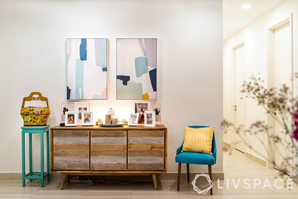 3-room-condo-bedroom-console-table-decor