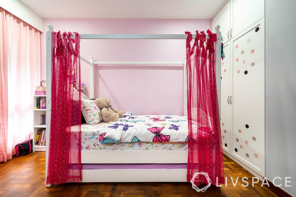 3-room-condo-girls-bedroom-four-poster-bed-pink-drapes