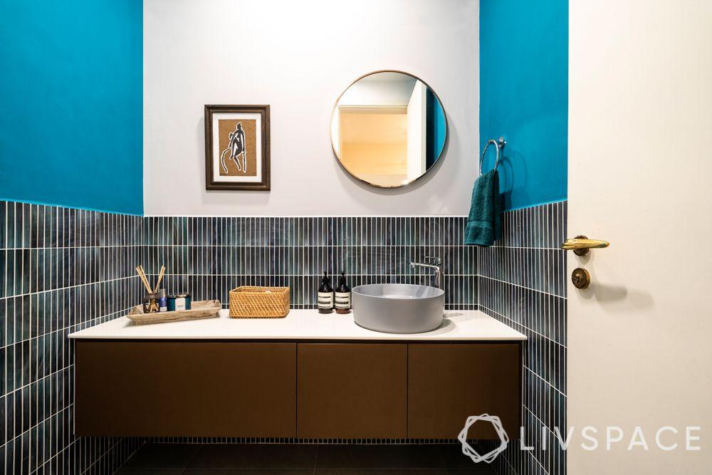 bathroom-colours-aquamarine-blue-wall-paint