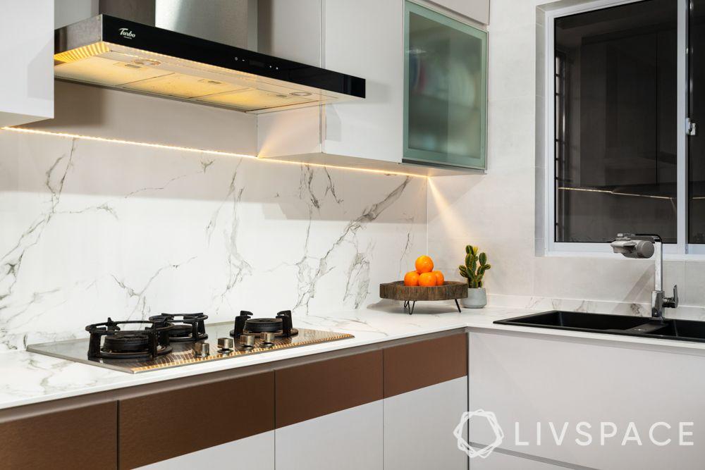 house-interior-design-kitchen-cooktop-chimney