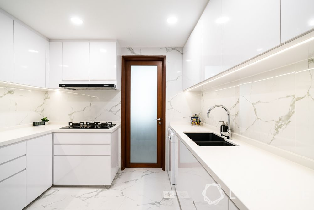 designs-of-kitchen-white-cabinets-backsplash-flooring