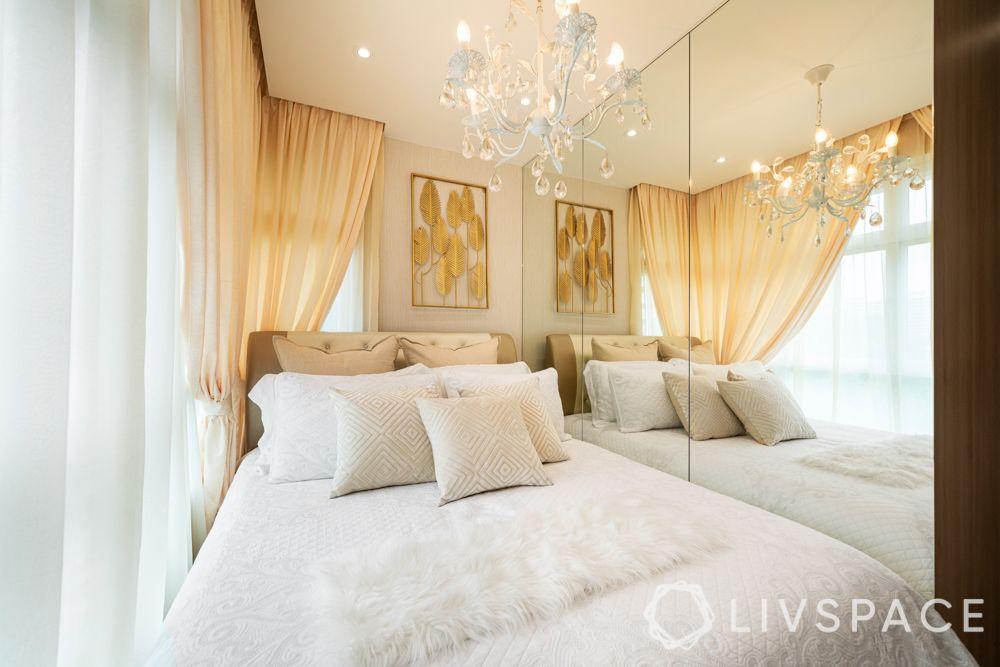 small-bedroom-ideas-mirrors-panel