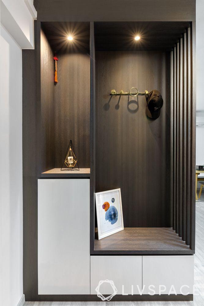 5-room-hdb-renovation-foyer-seating-display-downlights