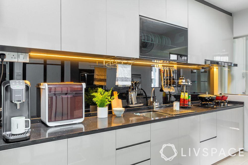 5-room-hdb-renovation-kitchen-countertop-under-cabinet-lights