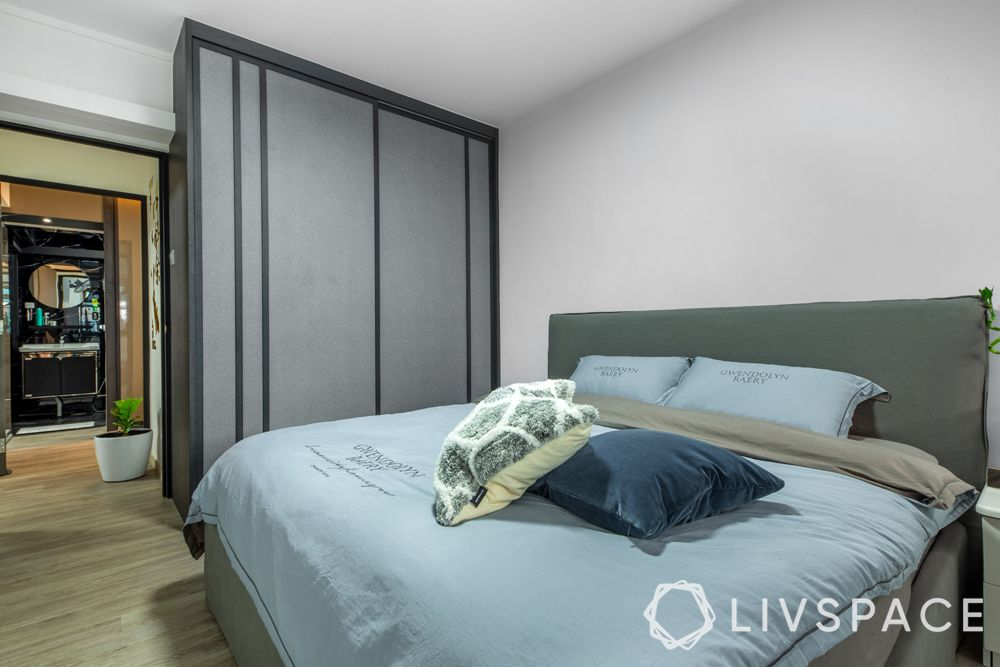 5-room-hdb-renovation-bedroom-2-wardrobe