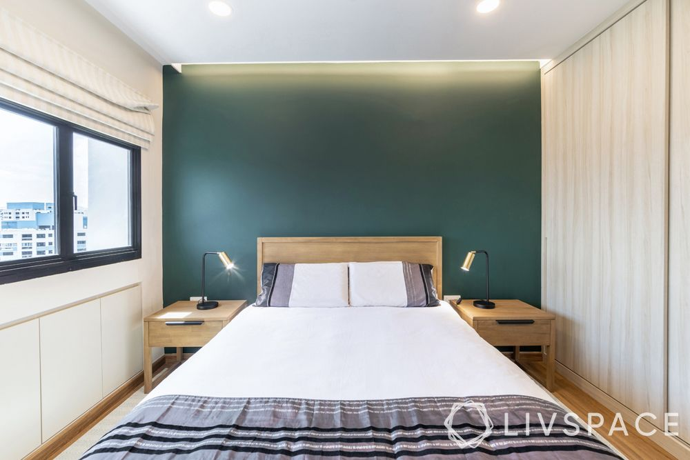small-room-design-colour-sea-green-feature-wall